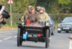 028'1899_Wolseley_Two-seater.jpg (75004 bytes)