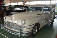 1948_Chrysler_New-Yorker_Convertible.jpg (32702 bytes)