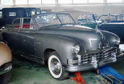 1949_Frazer_Manhattan_Convertible_Sedan.jpg (42102 bytes)