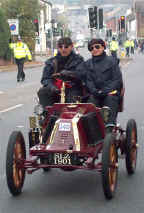 1901_Renault_7.5_Racing_Two-seater.jpg (32007 bytes)